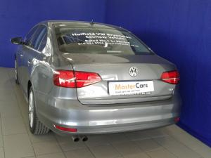 Volkswagen Jetta GP 2.0 TDI Highline DSG - Image 8