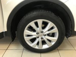 Toyota RAV4 2.5 VX automatic - Image 12