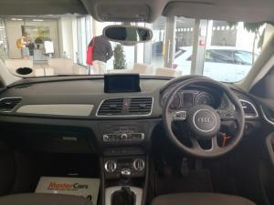 Audi Q3 2.0 TDI - Image 11
