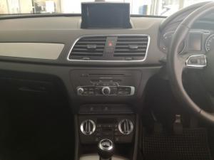 Audi Q3 2.0 TDI - Image 13