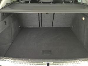 Audi Q3 2.0 TDI - Image 18