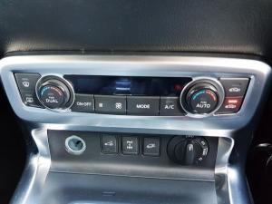Mercedes-Benz X250d 4X4 Power automatic - Image 10