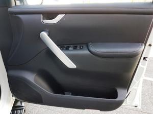 Mercedes-Benz X250d 4X4 Power automatic - Image 6