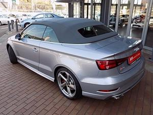 Audi S3 Cabriolet Stronic - Image 3