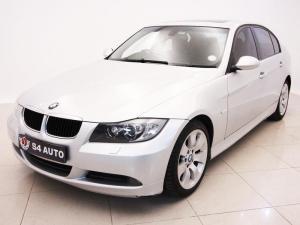 BMW 320i - Image 2