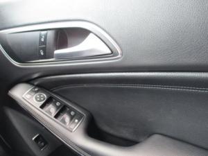 Mercedes-Benz CLA200 automatic - Image 15