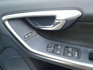 Volvo S60 Polestar AWD - Image 11