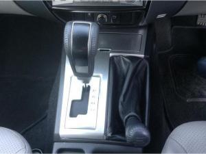 Mitsubishi Pajero Sport 3.2 Di-D GLS automatic - Image 12