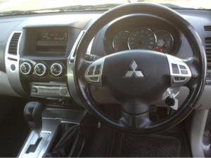 Mitsubishi Pajero Sport 3.2 Di-D GLS automatic - Image 15