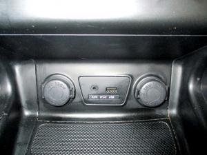 Hyundai iX35 2.0 Premium - Image 11
