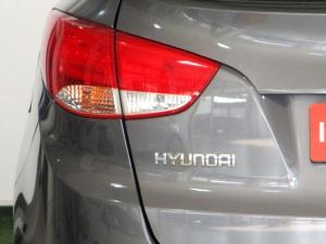 Hyundai iX35 2.0 Premium - Image 24