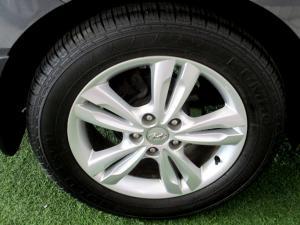 Hyundai iX35 2.0 Premium - Image 30