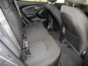 Hyundai iX35 2.0 Premium - Image 4