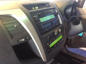 Toyota Hilux 3.0 D-4D Raider 4X4D/C - Image 8