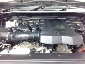 Toyota L/CRUISER FJ 4.0 V6 Cruiser - Image 11