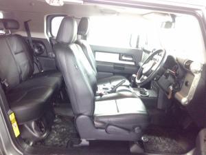 Toyota L/CRUISER FJ 4.0 V6 Cruiser - Image 7