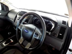 Ford Ranger 3.2TDCi XLT 4X4 automaticD/C - Image 11