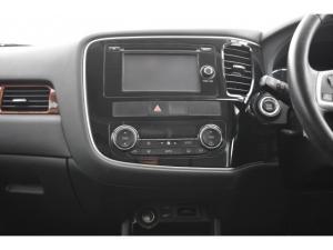 Mitsubishi Outlander 2.4 GLS Exceed - Image 11