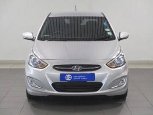Hyundai Accent hatch 1.6 Fluid - Image 2