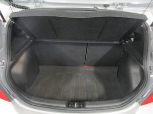 Hyundai Accent hatch 1.6 Fluid - Image 8