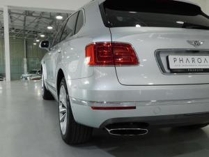 Bentley Bentayga W12 - Image 10