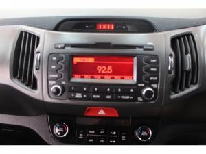 Kia Sportage 2.0 AWD - Image 9