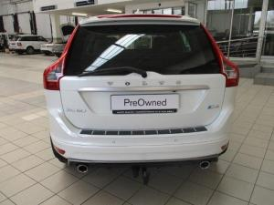 Volvo XC60 D4 R- Design Geartronic - Image 6