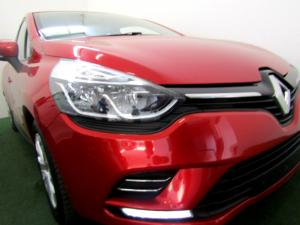 Renault Clio IV 900T Authentique 5-Door - Image 23
