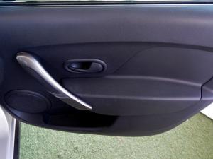 Renault Sandero 900T Stepway - Image 6