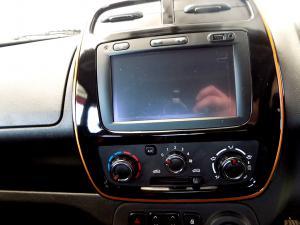 Renault Kwid 1.0Xtreme Limited ED 5-Door - Image 10