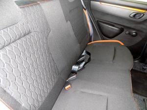 Renault Kwid 1.0Xtreme Limited ED 5-Door - Image 12