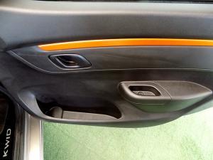 Renault Kwid 1.0Xtreme Limited ED 5-Door - Image 20