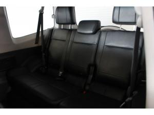 Mitsubishi Pajero 3-door 3.2DI-D GLS - Image 5