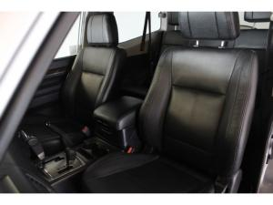 Mitsubishi Pajero 3-door 3.2DI-D GLS - Image 8