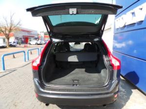 Volvo XC60 T5 Elite - Image 6