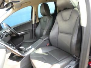 Volvo XC60 T5 Elite - Image 7