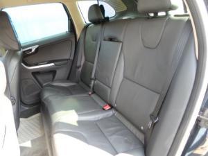 Volvo XC60 T5 Elite - Image 9