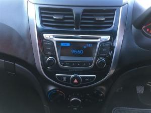 Hyundai Accent 1.6 GLS/FLUID automatic - Image 15