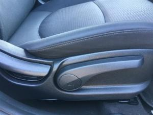 Hyundai Accent 1.6 GLS/FLUID automatic - Image 19