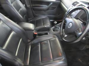 Volkswagen Jetta 2.0 Comfortline - Image 10