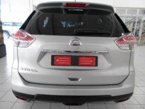 Nissan X-Trail 2.5 4x4 SE - Image 3