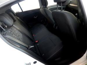 Renault Megane III 1.6 Dynamique 5-Door - Image 26