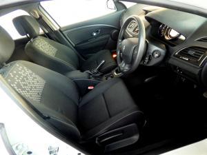 Renault Megane III 1.6 Dynamique 5-Door - Image 7