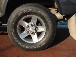 Land Rover Defender 110 2.2D S/W LTD - Image 9
