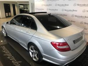 Mercedes-Benz C-Class sedan C200 BlueEfficiency Classic - Image 3