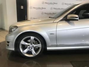 Mercedes-Benz C-Class sedan C200 BlueEfficiency Classic - Image 5