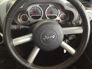Jeep Wrangler 3.8 Unltd Sahara automatic - Image 14