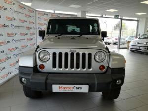Jeep Wrangler 3.8 Unltd Sahara automatic - Image 2