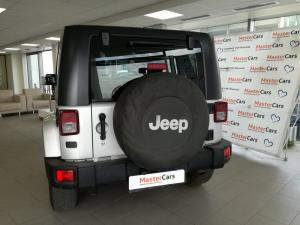 Jeep Wrangler 3.8 Unltd Sahara automatic - Image 5