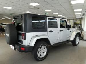 Jeep Wrangler 3.8 Unltd Sahara automatic - Image 6